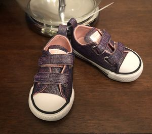 New toddler girls Converse tennis shoes size 4 for Sale in Everett, WA