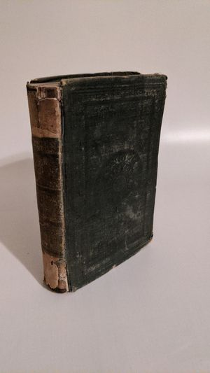 Vintage book of Poems by William Wordsworth c. 1851 for Sale in Templeton, CA