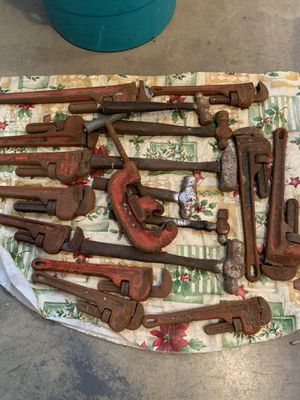 Pipe wrenches for Sale in Hudson, FL
