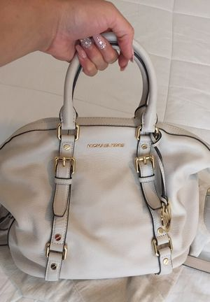 Gently loved SOFT LEATHER Authentic Michael Kors bag for Sale in Dallas, TX