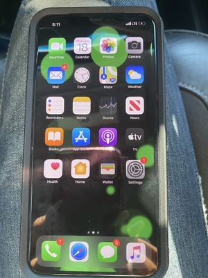 iPhone 11 Pro Max 64 gb for Sale in Brandon, MS