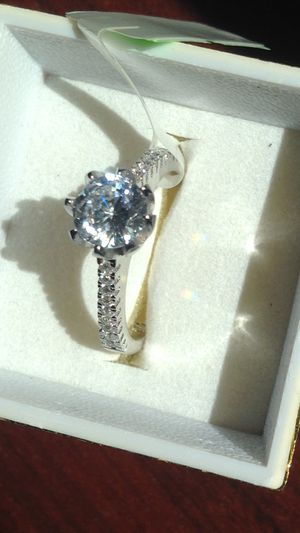 928 sterling silver promise engagement wedding ring size 8 for Sale in San Jose, CA