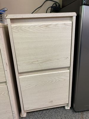 Small filing cabinet for Sale in Norcross, GA