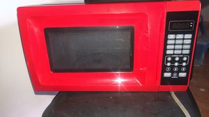 700 watt microwave for Sale in St. Peters, MO