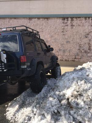 01 Jeep Cherokee for Sale in Berwyn Heights, MD