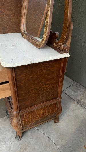 Expensive dresser with mirror antique for Sale in Pico Rivera, CA
