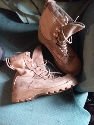 Womens boots for Sale in Cincinnati, OH