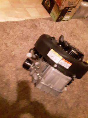Briggs and stratton for Sale in Wichita, KS
