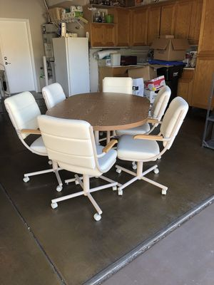 Kitchen table and chairs set for Sale in Las Vegas, NV