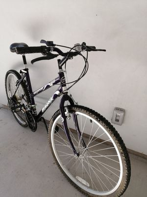 Magna Glacier Point 15-Speed Mountain Bike Bicycle for Sale in North Highlands, CA
