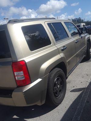 Jeep patriot 2008 for Sale in Miami, FL