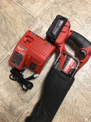 Fuell sawzall nuevo 5.0 batery and charger for Sale in Silver Spring, MD