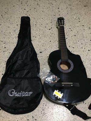 Guitar for sale!! for Sale in Miami, FL