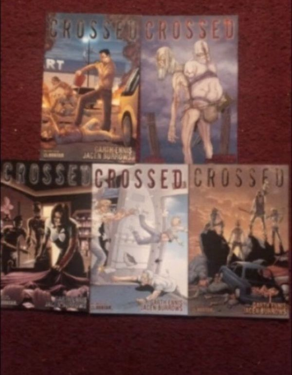 Lot of Crossed Comic Books