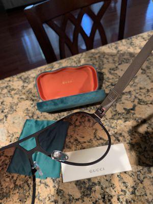 Men Gucci sunglasses for Sale in Cutler, CA