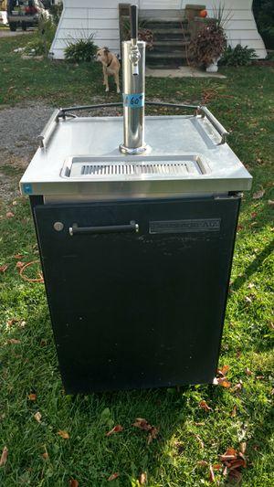 Keggerator/ beer tap for Sale in Rochester Hills, MI