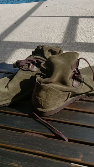 UGG ladies olive green Chuggs for Sale in Orlando, FL
