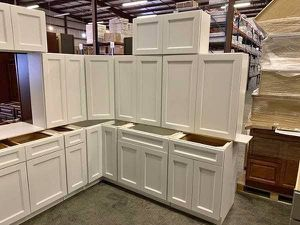 Kitchen Cabinets for Sale in Lake Wales, FL