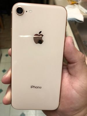 Iphone 8. Gold. 64gb. Good Condition for Sale in Fremont, CA