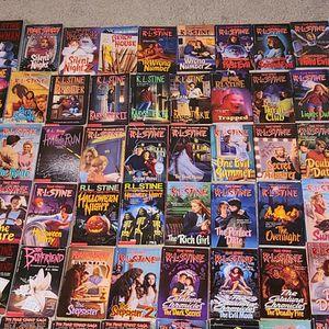 80+ RL STINE FEAR STREET BOOKS (PLUS FREE GOOSEBUMPS) for Sale in Keller, TX