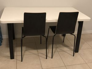 IKEA dining table with 2 chairs for Sale in Miami, FL