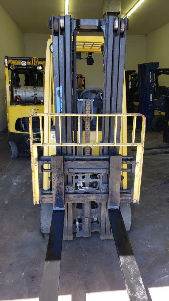 2013 Hyster S30FT Forklift 3000lb
