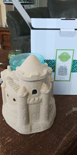 Summer Sandcastle Scentsy Warmer for Sale in Gulfport, FL