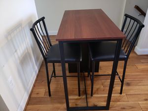 Coffee Table w 2 chairs for Sale in Baltimore, MD