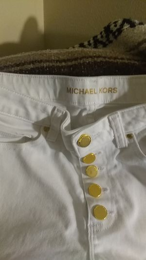 Michael Kors white pants size 6 for Sale in Columbus, OH