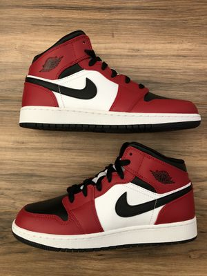 Brand New Nike Air Jordan 1 Mid GS Chicago Toe for Sale in Los Angeles, CA