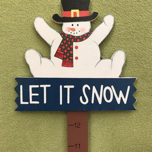 """Let it Snow"" Winter Decoration for Sale in Bolingbrook, IL"