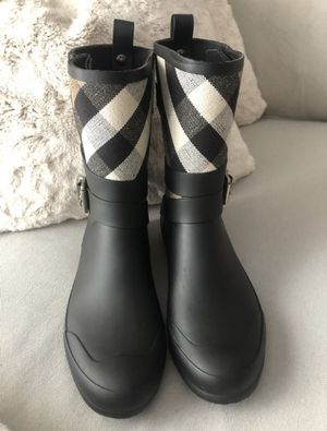Burberry women 8 for Sale in Chicago, IL