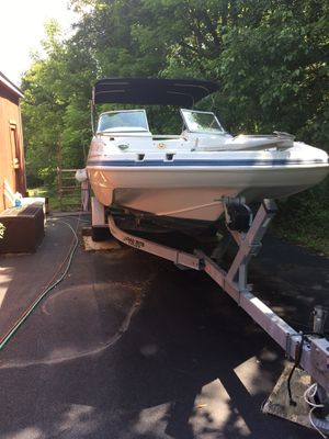 Sd237 hurricane deck boat with 200 hp motor just serviced with head , new interior gps and safety equipment for Sale in Warrington, PA