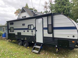 Rv trailer 2019 like new for Sale in Seattle, WA