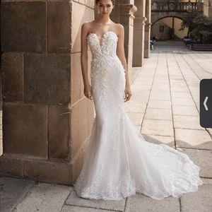 PRONOVIAS STYLE: AETHRA Wedding Dress for Sale in Skokie, IL