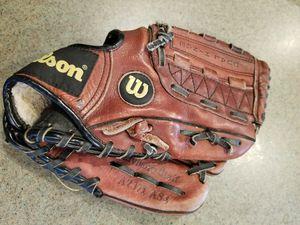 "10.5"" kids Wilson baseball glove broken in for Sale in Norwalk, CA"