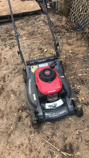 Honda 6.5 self propelled lawn mower for Sale in Lacey Township, NJ