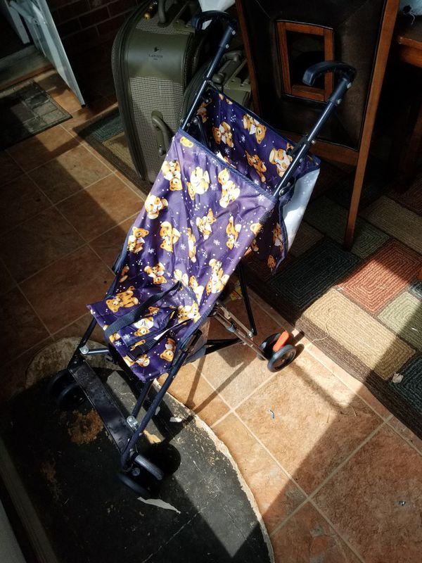 Light baby stroller
