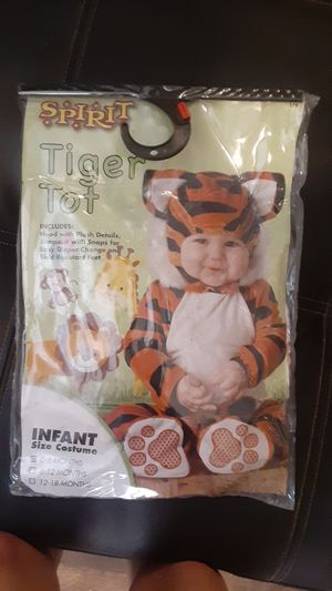 Baby Halloween costume for Sale in San Angelo, TX