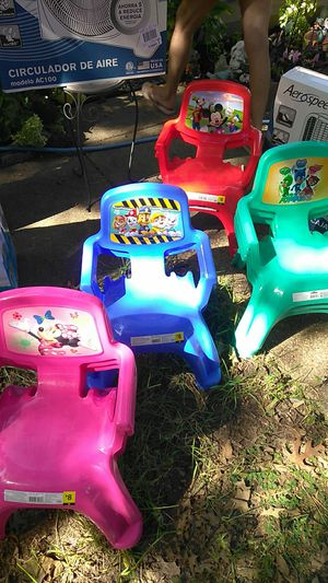 Kids chairs for Sale in Balch Springs, TX