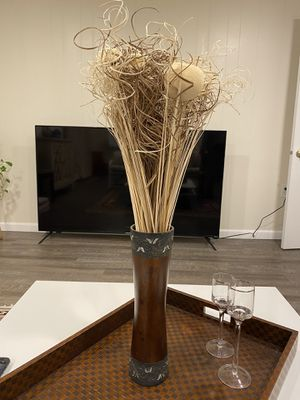 Flowers with wood Vase for Sale in Rockville, MD