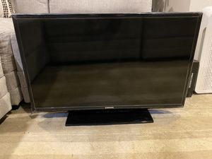 """Like New 32"""" Samsung TV for Sale in Bothell, WA"""