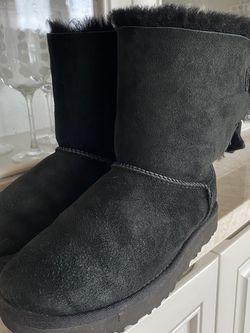 Ladies Black Ugg Boots for Sale in Mukilteo,  WA