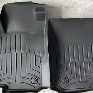Mercedes GLS 2017 to 2019 Floor Mats Liner Blk Full Set for Sale in Miami, FL