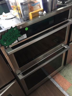 """SAMSUNG MICROWAVE/OVEN STAINLESS STEEL 30""""w for Sale in Culver City, CA"""