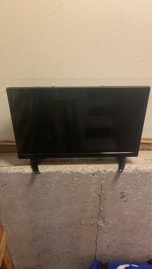 Insignia smart tv hdtv like new for Sale in Providence, RI