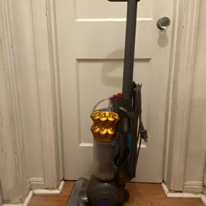 Dyson Ball Multi Surface Vacuum for Sale in Houston, TX