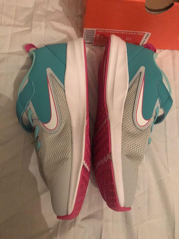 Nike girls 3Y