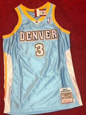 Allen iverson nuggets throwback jersey men's medium for Sale in Atlanta, GA