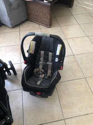 Graco double stroller and car seat for Sale in San Bernardino, CA